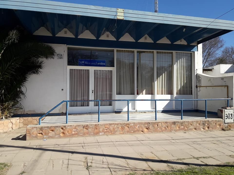 Luan Toro Municipio Compr Edificio Para Una Envasadora De
